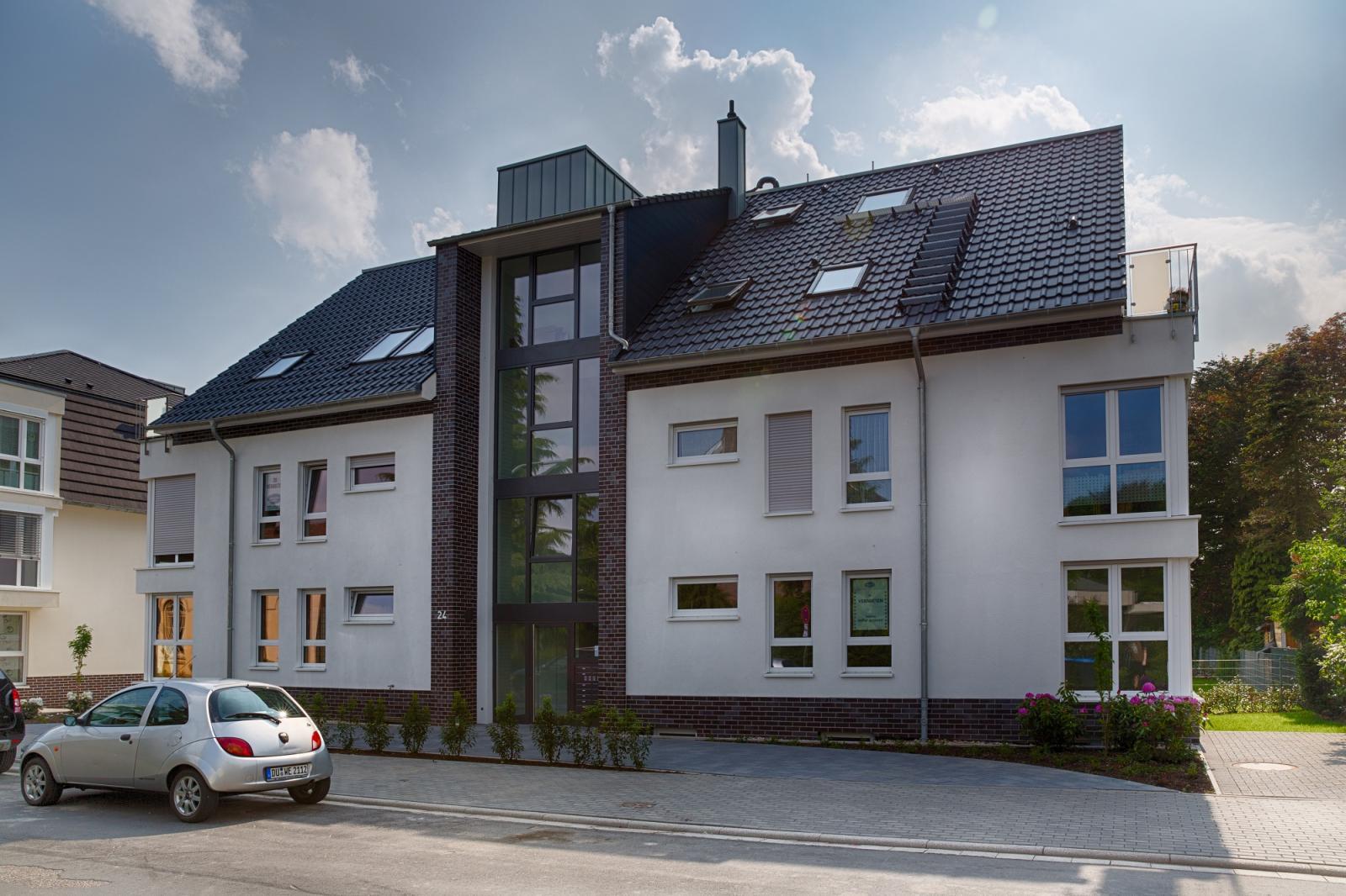 Residenz rosarium neubau mehrfamilienhaus neukirchen for Mehrfamilienhaus neubau
